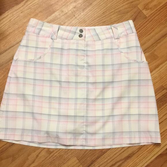 Nike Dresses & Skirts - Nike golf skirt size 6
